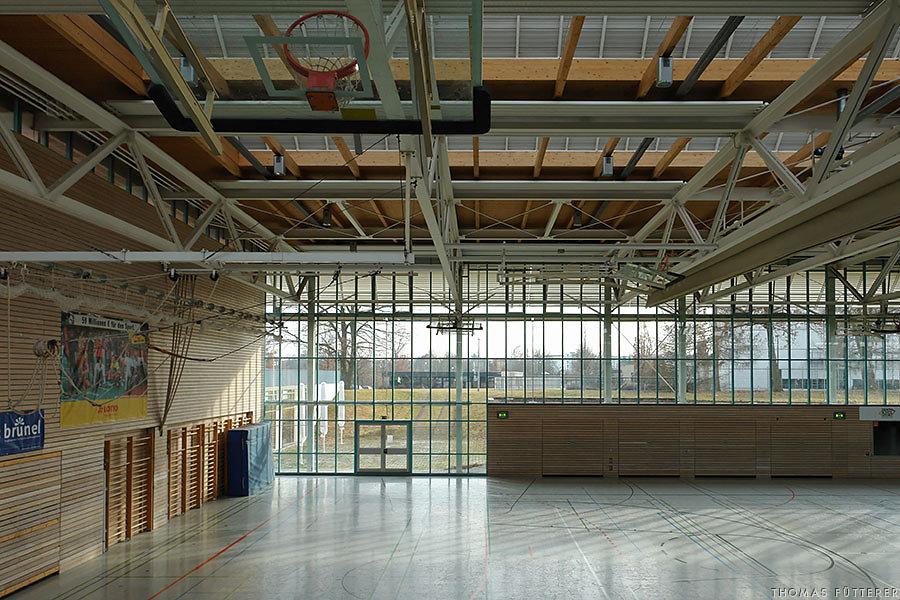 sporthalle-vaihingen07641-web.jpg