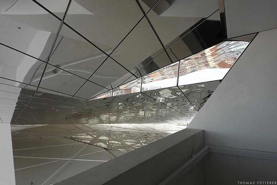 porsche-museum-07218-web.jpg