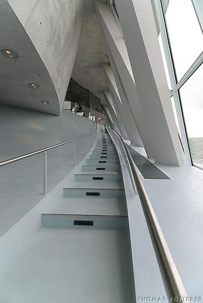 mercedes-museum-0066-web.jpg